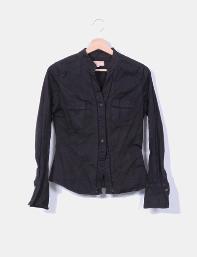 Camisa negra cuello mao Cimarron