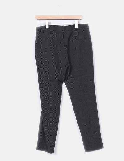 Pantalon negro con topos