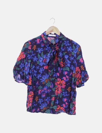 Camisa azul estampada floral