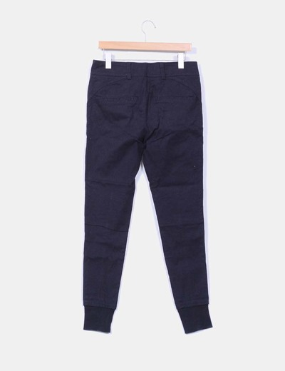 Pantalon baggy negro detalle cinturon
