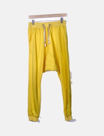 Pantalón deportivo baggy amarillo