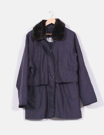 Abrigo azul marino con cuello negro NoName