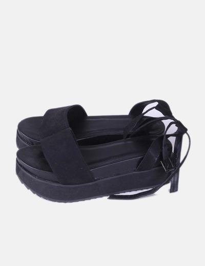 Sandalia plataforma negra Asos