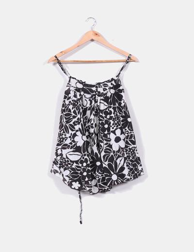 Blusa con estampado floral blanca y negra Denim Co.