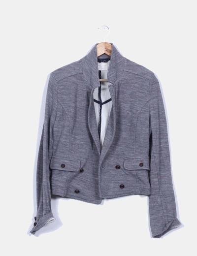 Chaqueta gris detalle bolsillos Zara