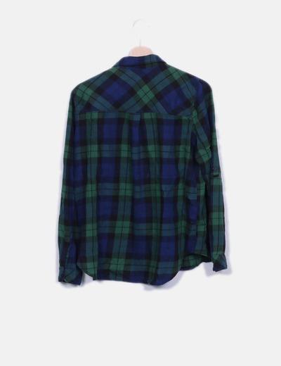 Camisa de cuadros azul marino y verde