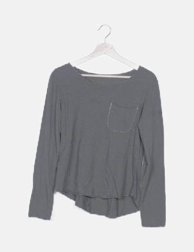 Camiseta manga larga khaki detalle parche