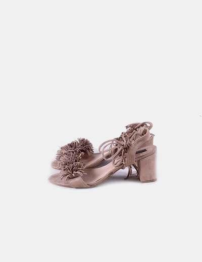 Sandalia nude lace up detalle flecos Niko Amore