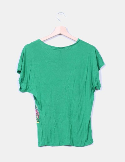 Camiseta verde con estrass