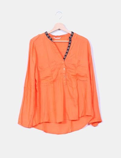 Blusa naranja estampado étnico Lefties