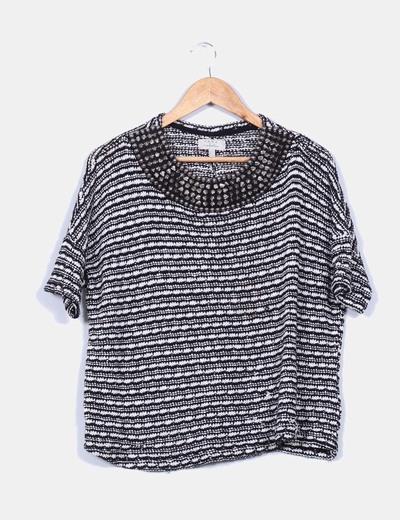 Jersey de punto blanco y negro con pinchos Zara