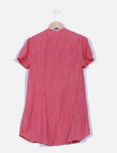 Vestido camisero coral con bordados