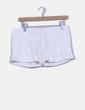 Shorts blanco con dobladillo Pull&Bear