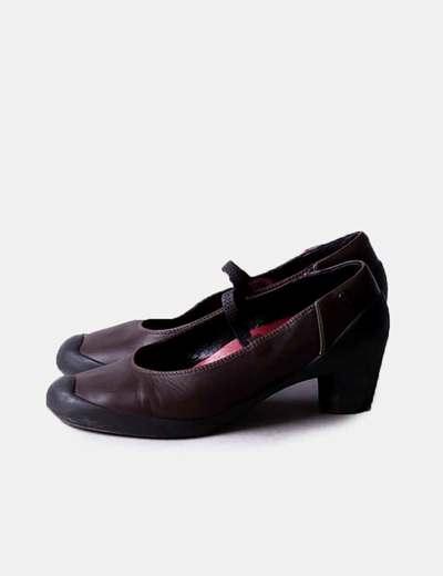 Zapato marrón pulsera
