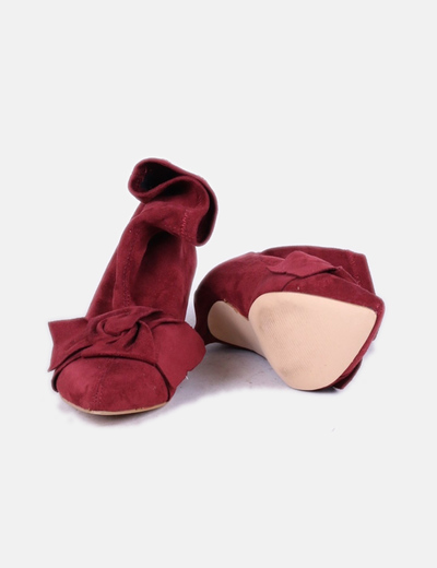 Zapatos lazo antelina burdeos