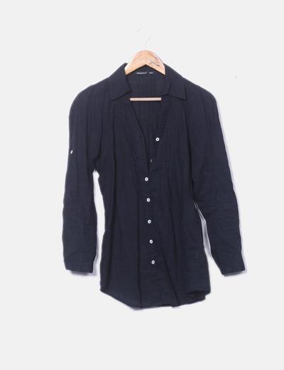Camisa negra detalle plisado
