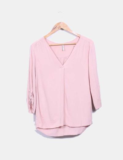 Blusa color rosa palo escote en pico Stradivarius