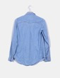 Camisa demin clara  detalle tachas Pull&Bear
