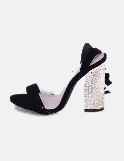 Sandalia negra lace up