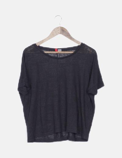Camiseta negra semitransparente oversize