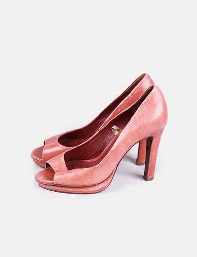Zapato de tacón coral