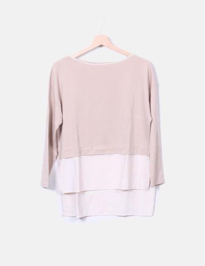 Blusa beige y blanca combinada Zara