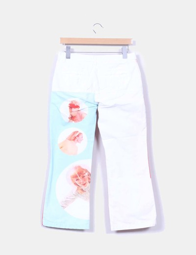 Pantalon blanco estampado y rayas
