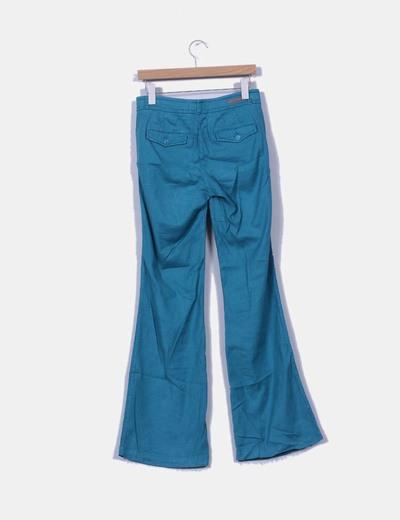 Pantalon turquesa pata ancha