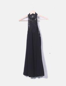 Vestido negro con cuello halter Zara e3059b2968d4