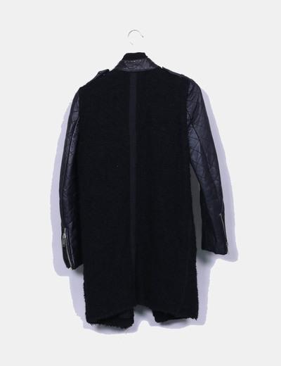 Abrigo rizo combinado negro