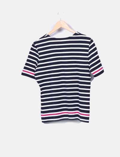 Camiseta de rayas escote pico