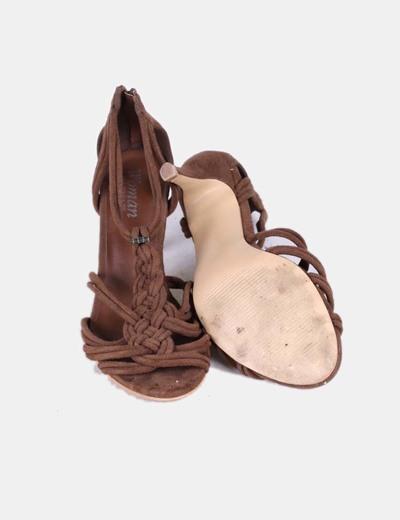 Sandalias tiras marron oscuro