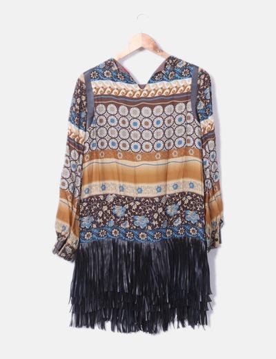 Vestido etnico con flecos