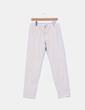 Pantalón beige Bershka