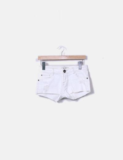 Shorts frayed denim Bershka