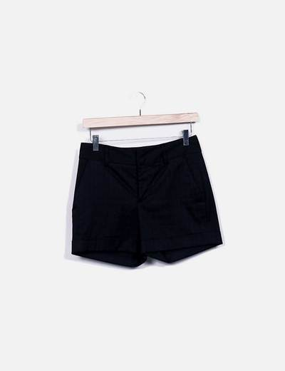 Shorts negro raya diplomática Zara