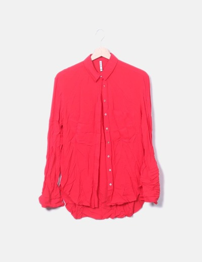 Camisa roja manga larga con bolsillos