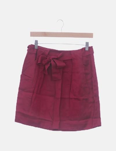 Falda rosa con pinzas