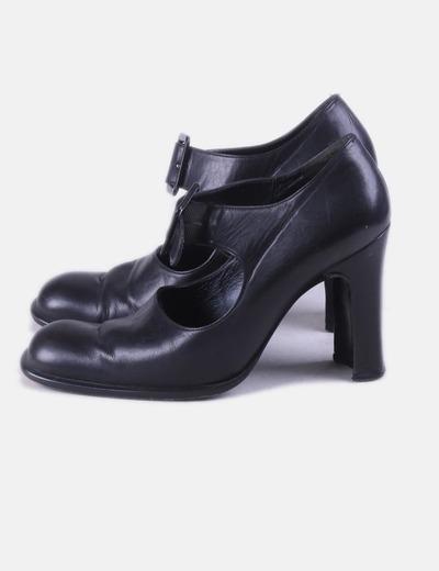 Zapato negro con elástico