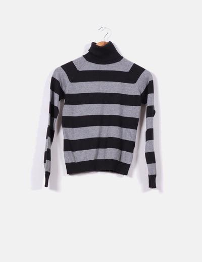 Jersey de rayas negro y gris cuello cisne Zara