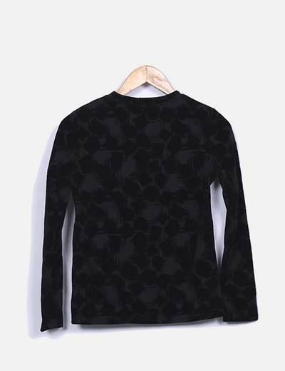 Camiseta negra texturizada