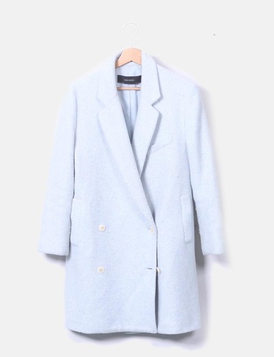 Abrigo largo azul claro abotonado