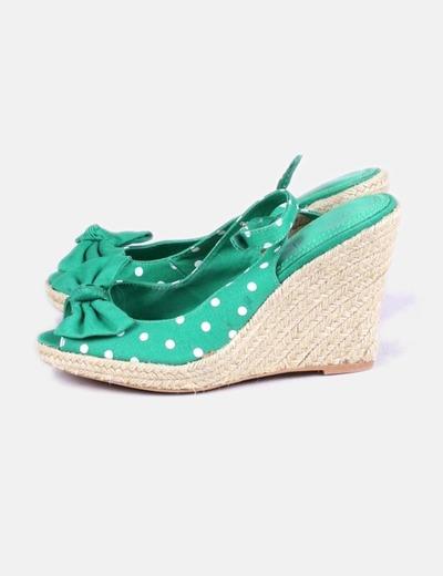 Sandalias con cuña de topos Zara