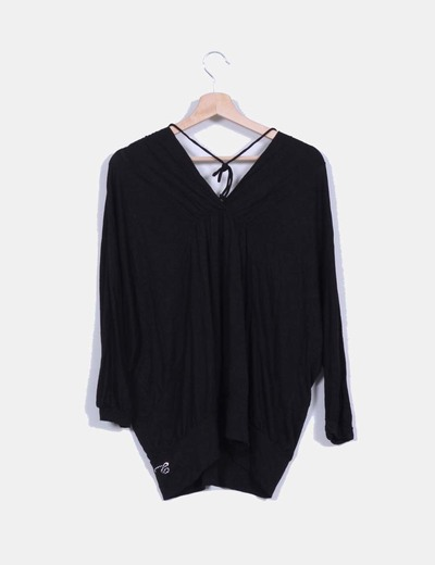 Camiseta negra oversize