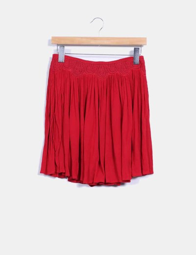 Falda mini roja con bordados Zara