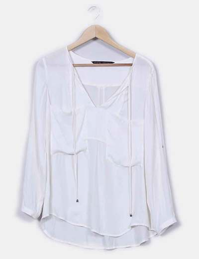 25021a649 Zara Blusa blanca con bolsillos (descuento 75%) - Micolet