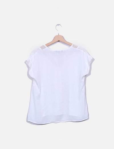 Blusa blanca combinada crochet