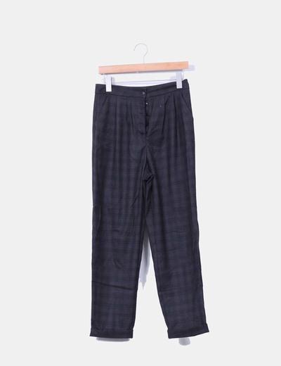 Pantalón sarga de cuadros marrón Pull&Bear