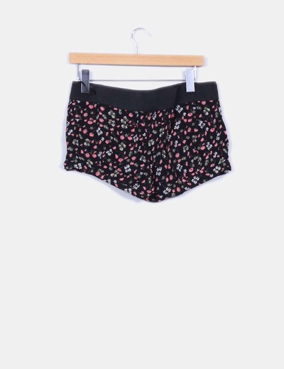 Shorts negro floral