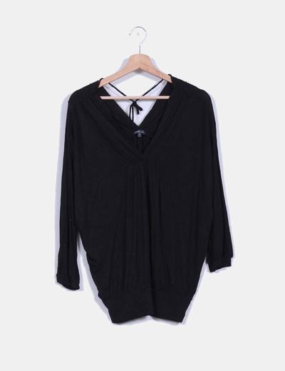 Camiseta negra oversize Emonite